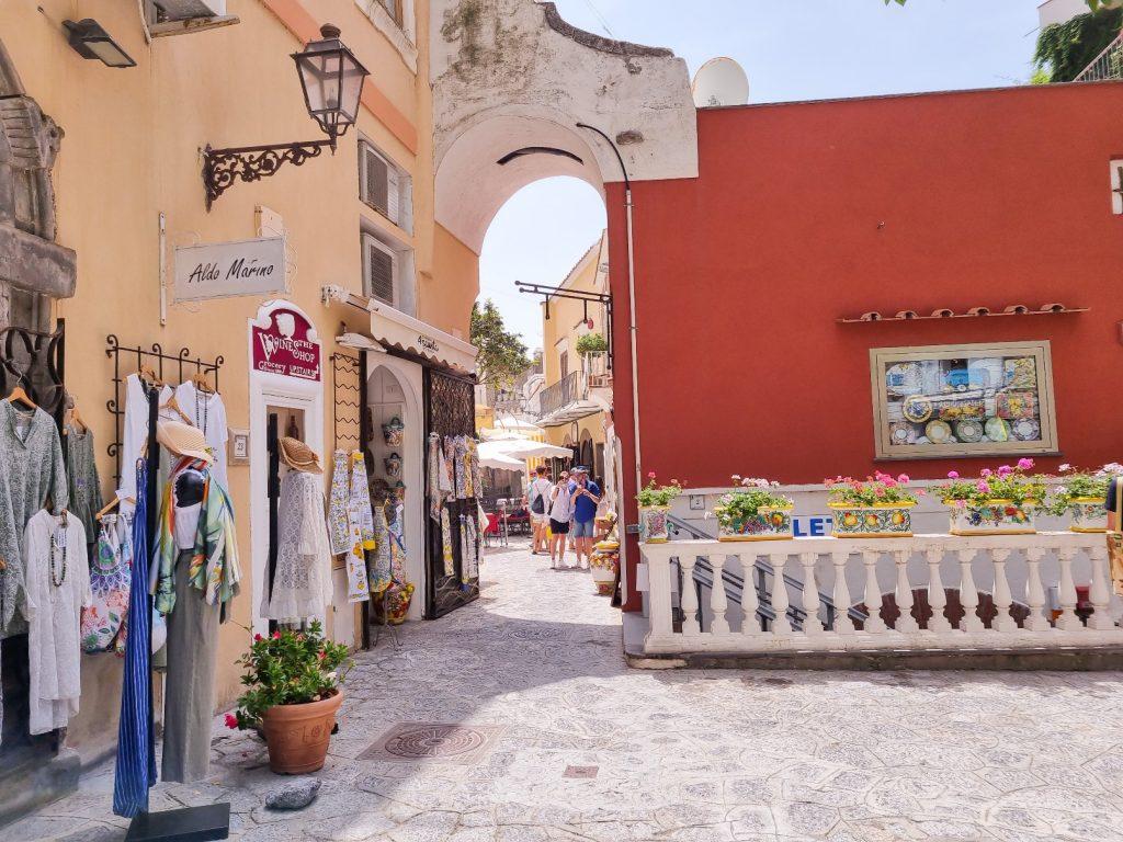 Ce poți face pe Coasta Amalfi în doar 2 zile?